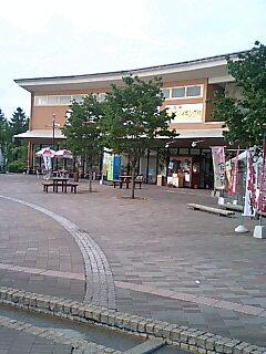 t*[旅] 36k 道の駅 ららん藤岡