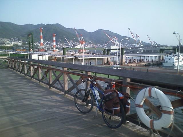 さて、呉を出航する  正直ふらふらだが、気合い入れて広島に向かう