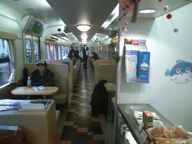 長門市 みすゞ潮彩2号(下関行) 指定席は海を見ながら座れて2両なのに売店もある!